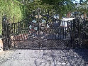 Bespoke-Gates-IMG-20111015-00054