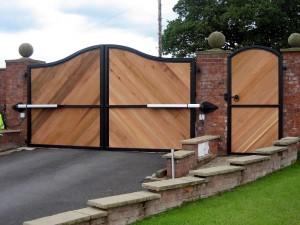 Timber-Gates-1010