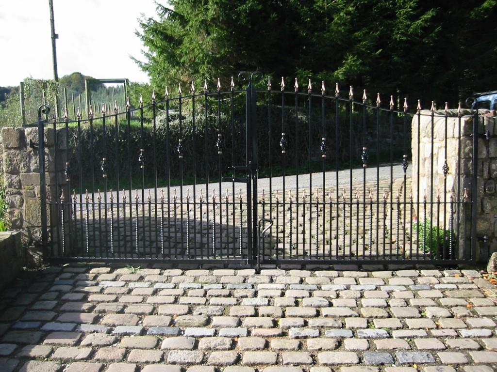 Entrance-Gates-100-0072-IMG