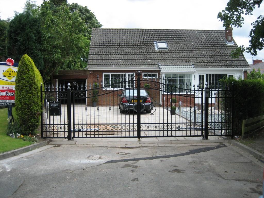 Entrance-Gates-IMG-0078