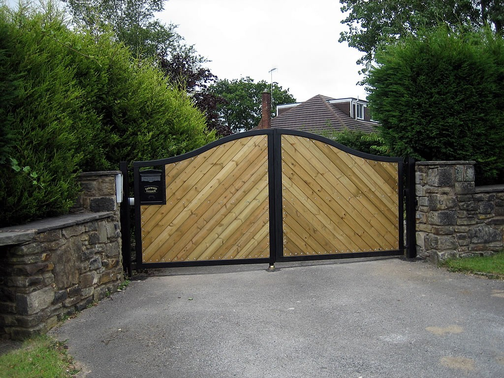 Estate-Gates-IMG-0093