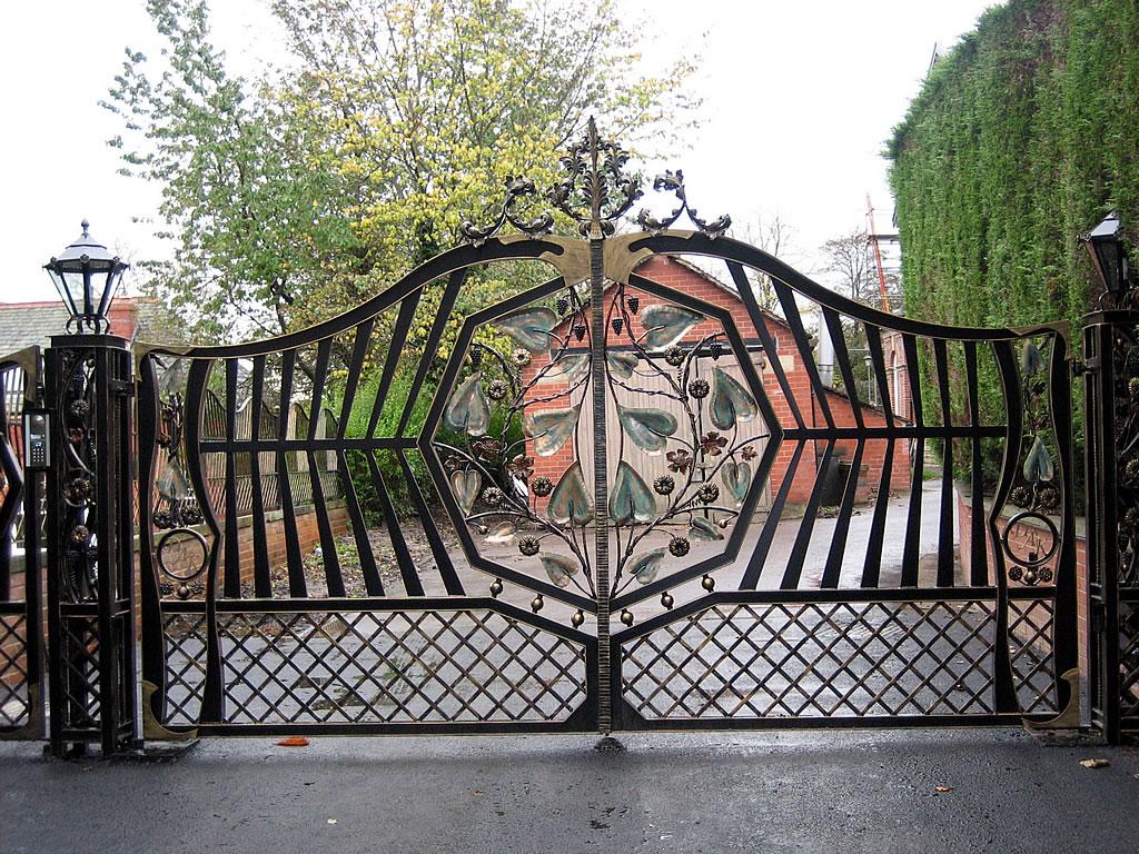 Ornamental gates bespoke railings fencing