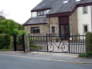 Bespoke-Gates-Picture-168