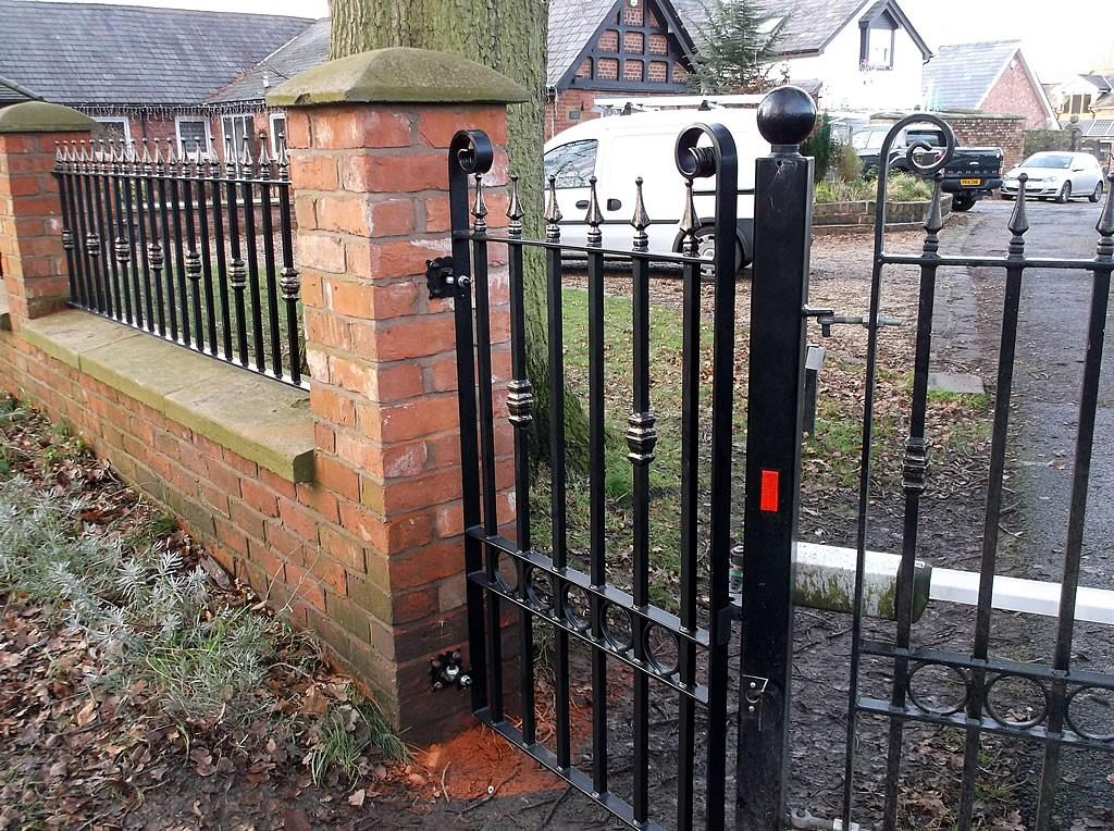 Automated-Gates-DSCF1106