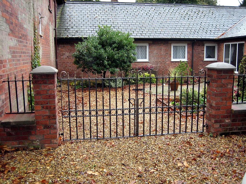 Double-Gates-IMG-0380