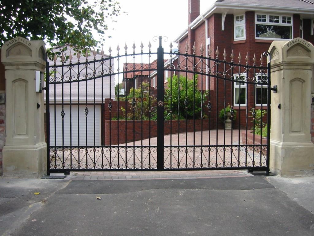 Entrance-Gates-DADS-PICS-002-81060